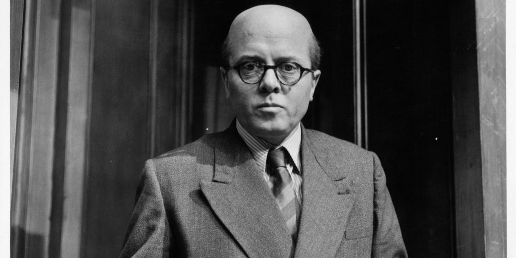 Richard Attenborough in the witness box in a scene from the film '10 Rillington Place', 1971. (Photo by Filmways Pictures/Getty Images)